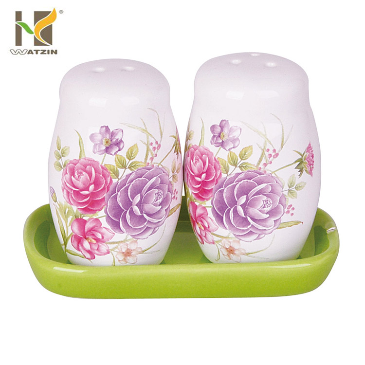 Decorate custom ceramic salt & pepper shakers set wholesale