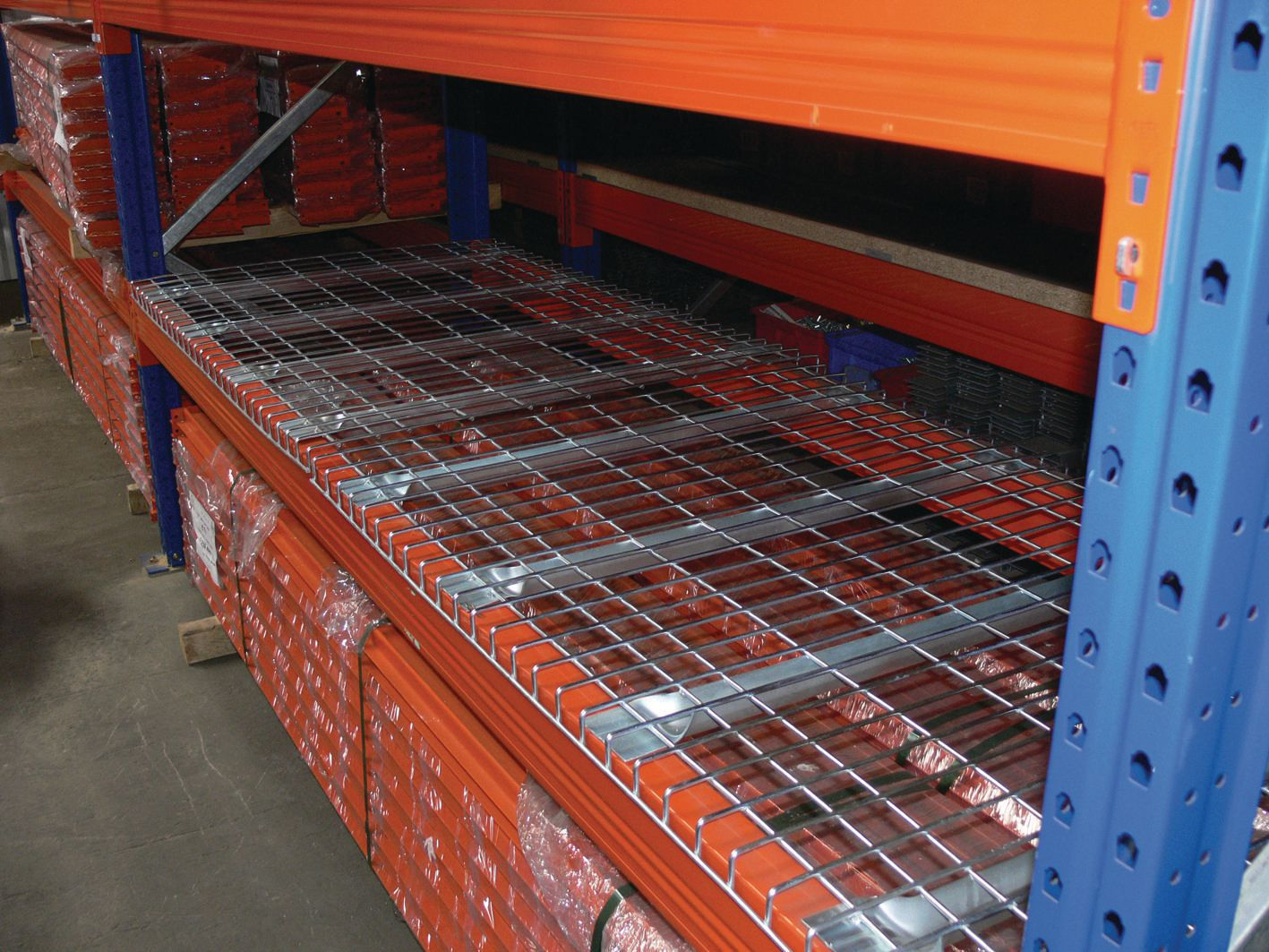 Pallet rack decking wire mesh panel mesh shelving