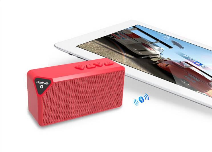 Hands free wireless mini speaker