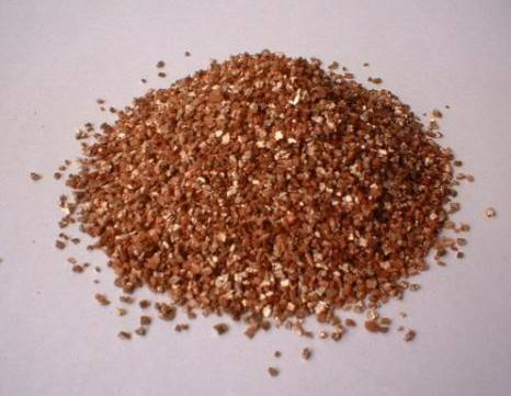 Golden exfoliated vermiculite(0.3-1mm1-3mm2-4mm3-5mm)