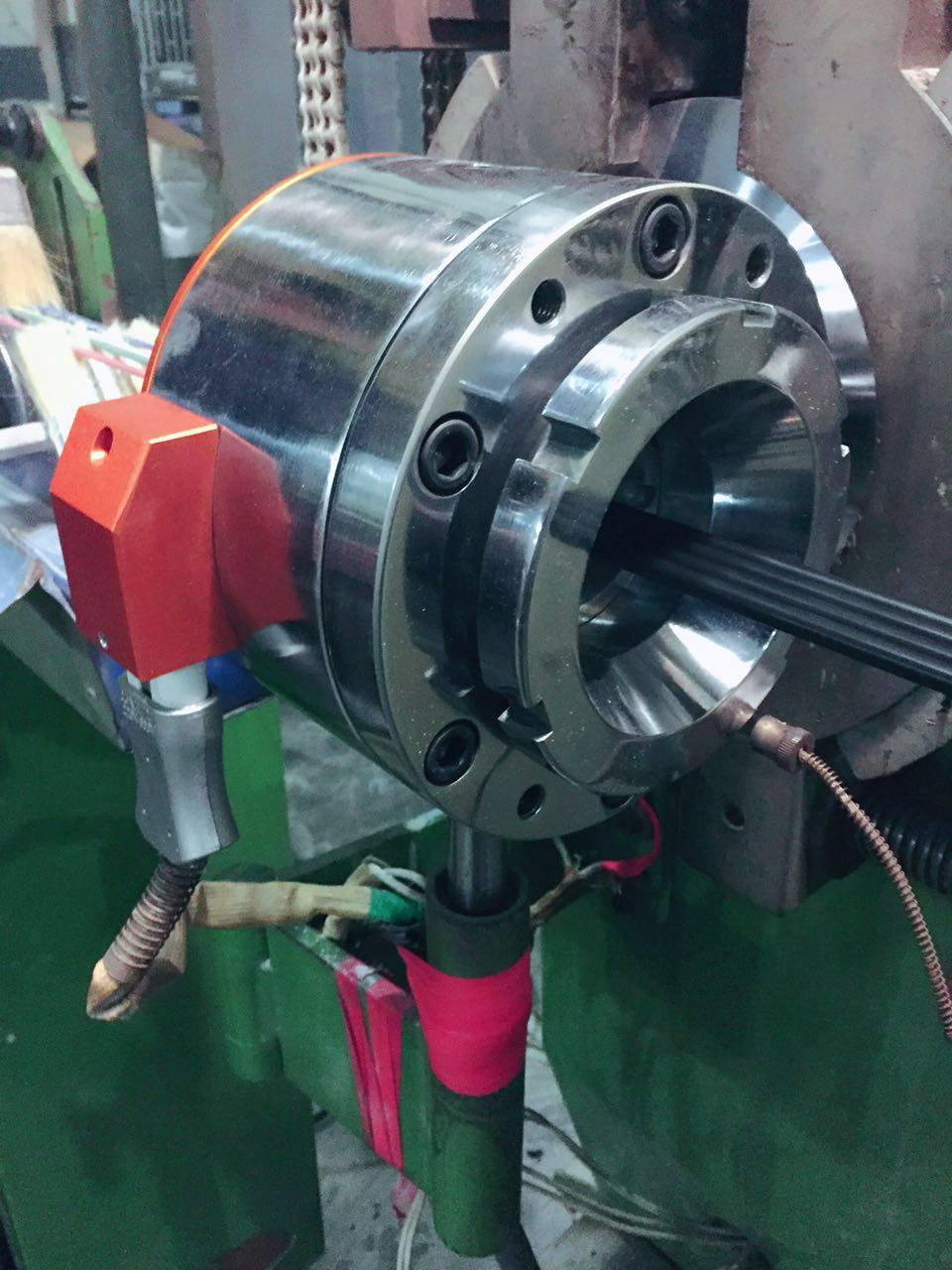 flat wire extrusion crosshead from Kunshan Mould Factory