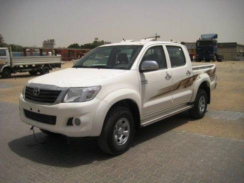 Toyota Hilux 2.7L Petrol, Manual Transmission, Double Cabin, 4x4. Brand new, model 2013.