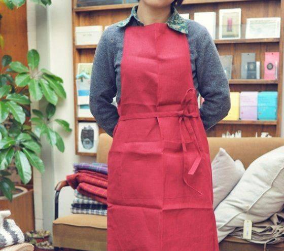 Red pure linen full bib apron