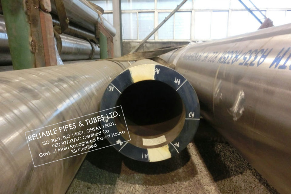 api carbon steel pipe suppliers