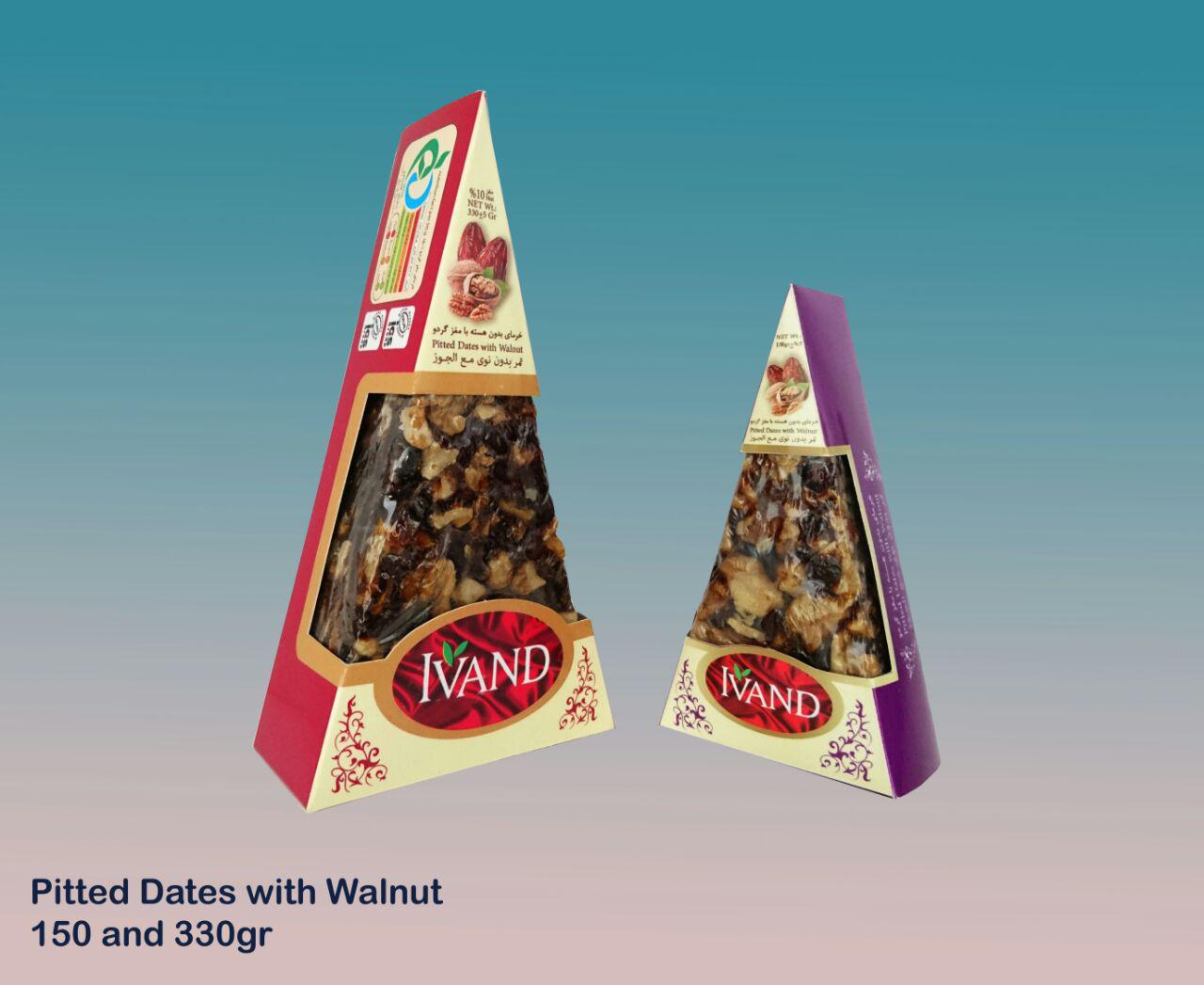 Pitted dates with nuts