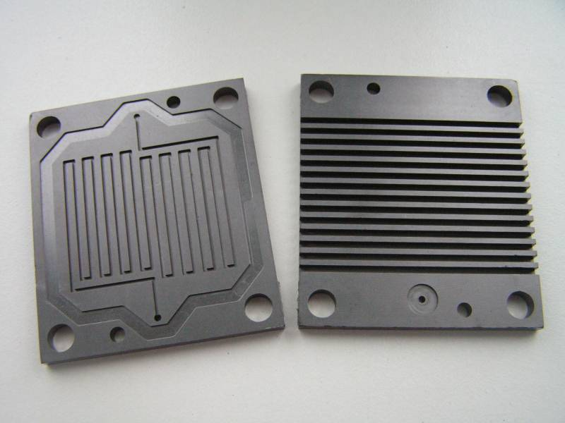 Graphite bipolar plate for PEM Fuel Cell