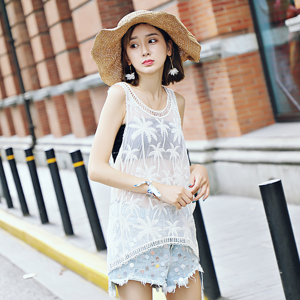 Lace embroidery blouse wild sleeveless lace shirt summer burst wild lace computer embroidery vest