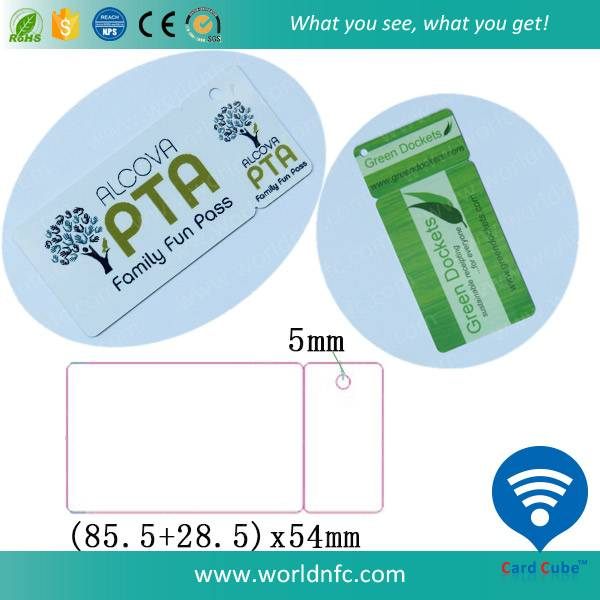 Small Key Ring Plastic Membership Card with One Key Tag
