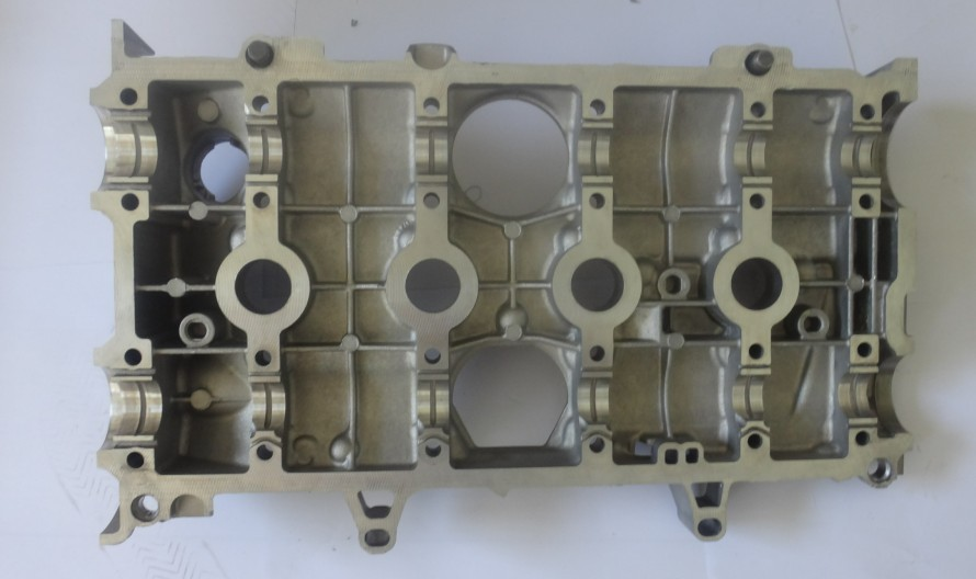 MITSUBISHI Cylinder Head(4M41,4M40T,4M42 4AT,F9Q,4D56/4D55,4G22D4etc.)