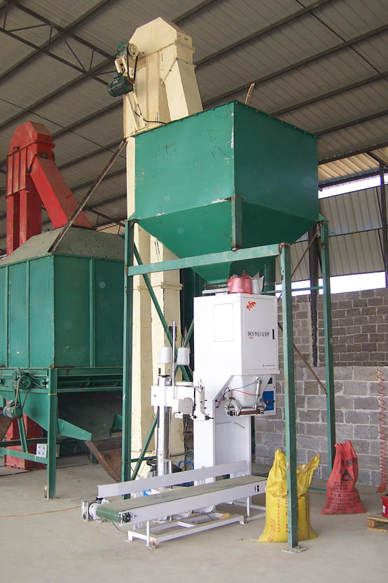 Floating fishmeal pellets processing line
