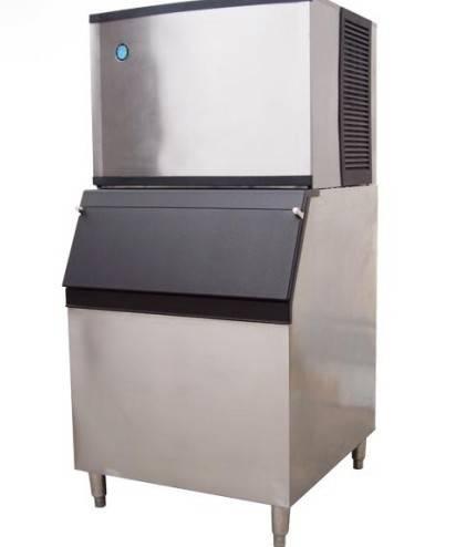 Large format ice machine
