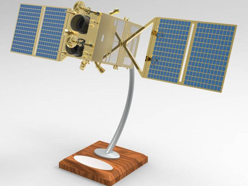 1:25 space satellite model for sale
