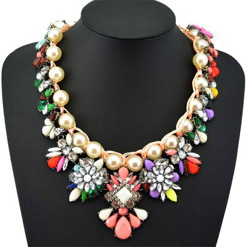 Fashion Women Crystal Pearl Statement Necklace