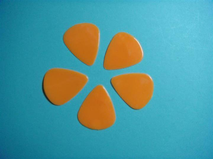resin guitar pick