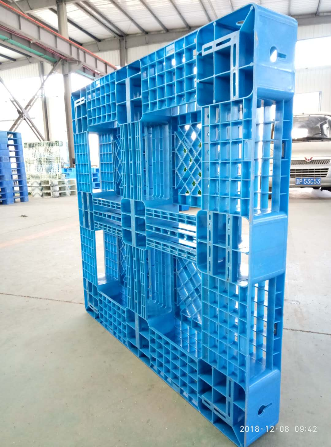 11001100mm open deck six runners HDPE recycle plastic pallet