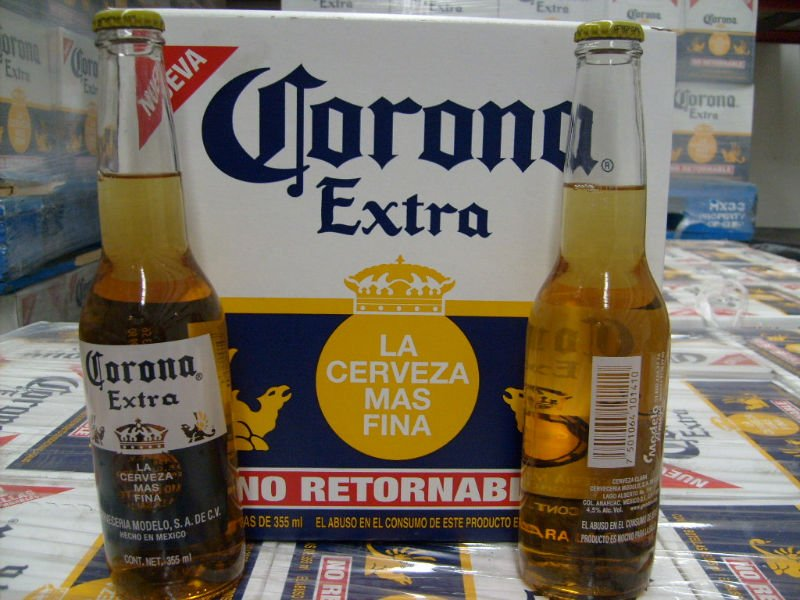 Cor-ona Ex-tra Beer