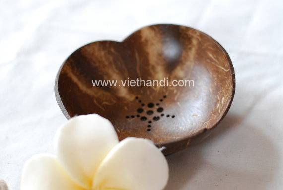 VHE60   Handmade Coconut Shell heart soap dish soap tray