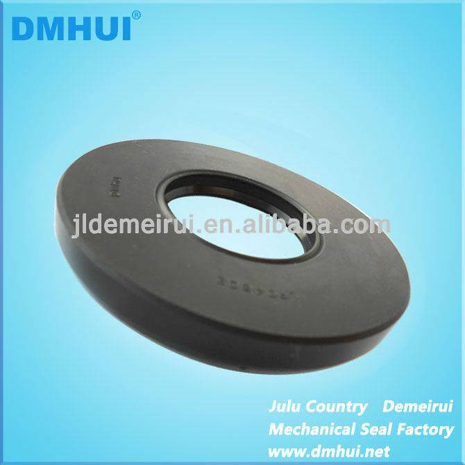 UP0450E  pump oil seal tvc type seal