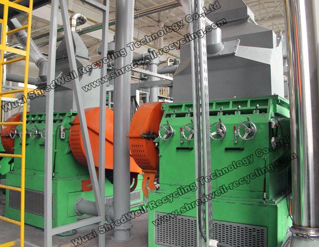 Low price rubber granulator for rubber,plastic,wood