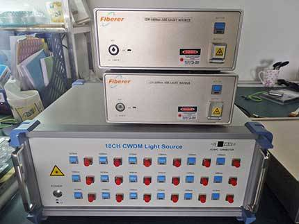 Low DOP 1250-1650nm ASE and 18 Channels CWDM Light Source
