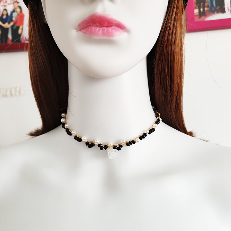 2020 New Fashion Short Clavicle Chain Necklace Crystal Pearl Necklace Collar Jewelry