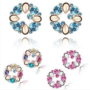 Fashion Alloy Crystal Earring For Women