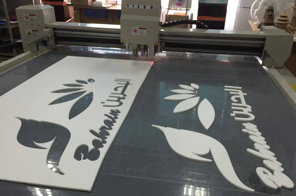 Camera Kt Board Pvc Crust Foam Board Advertising Cutter Plotter Machine
