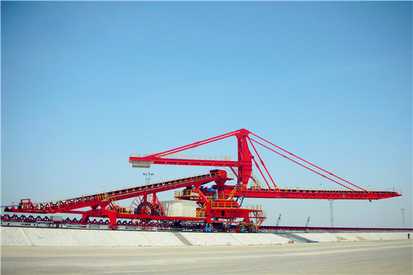 Side Cantilever Stacker