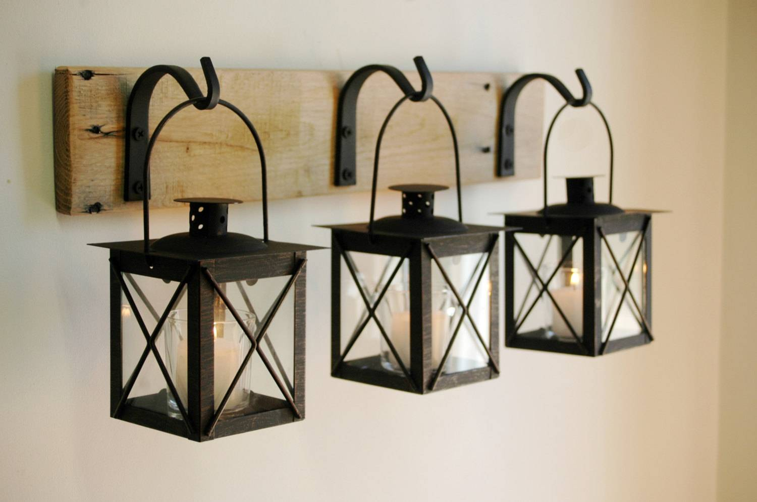 WALL DECORS LA1002 HANGING LANTERNS