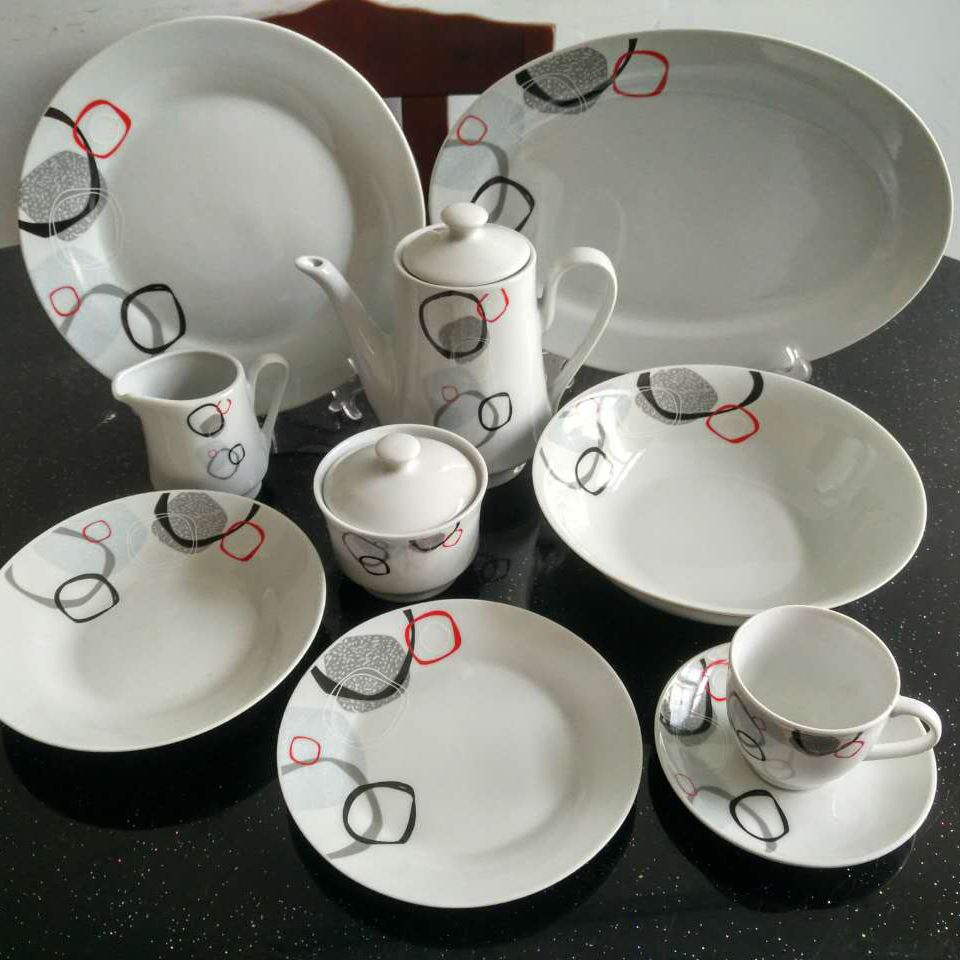 47 pcs dinnerware set fr many people