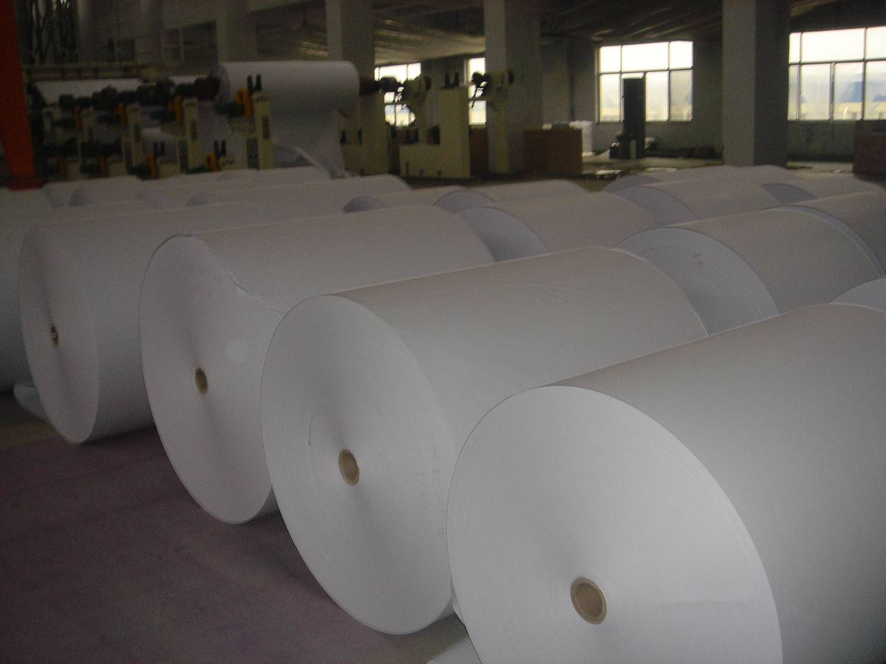 48g-70g LWC paper/light weight coated paper