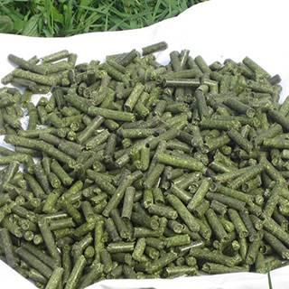 Alfalfa hay pellets