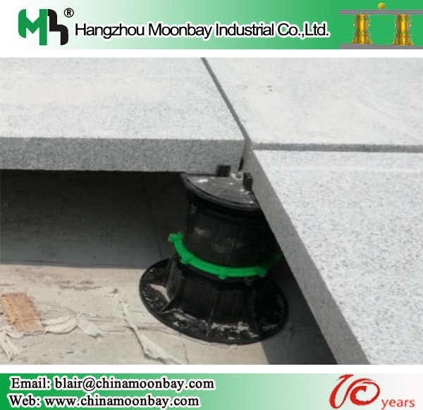 Adjustable plastic paver pedestal