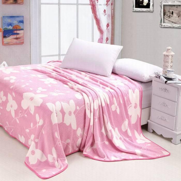 flower printed flannel blanket