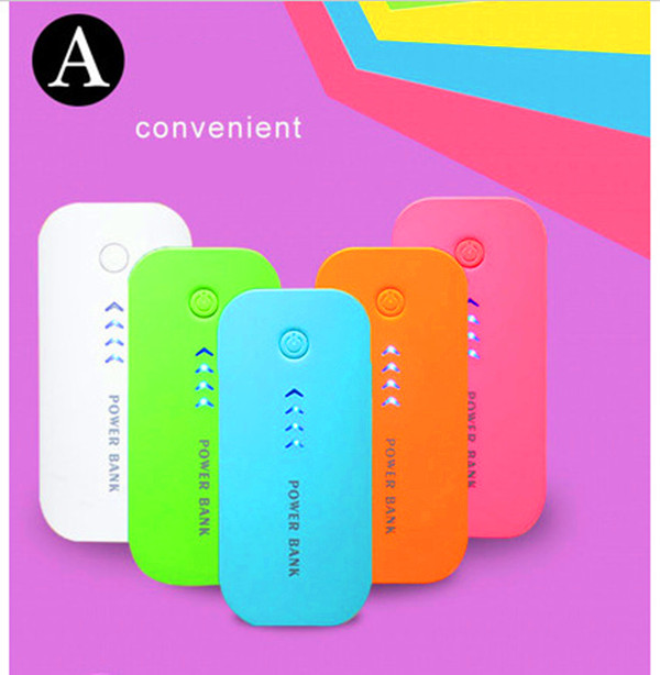 2016 mobile Promotional new coming 4400mah power bank charge for mobile phone