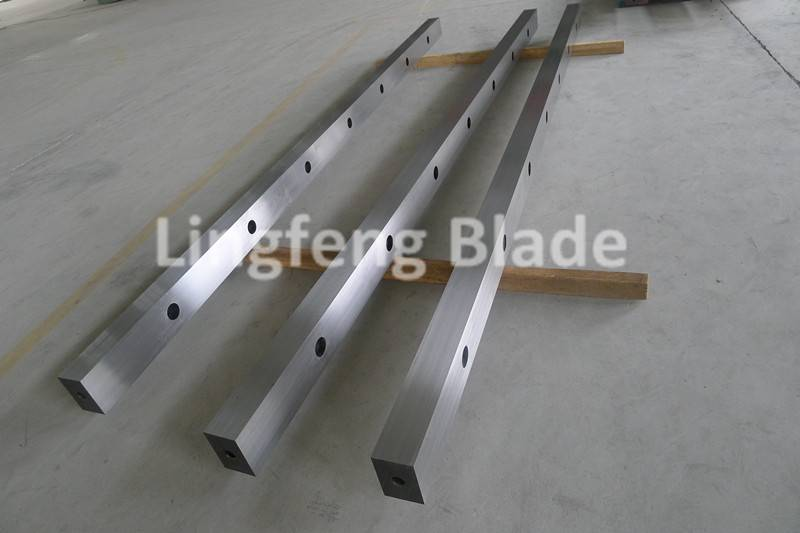 guillotine machine shearing steel blade