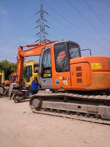 Used Construction Machine Used Hitachi ZAX 135 Excavator