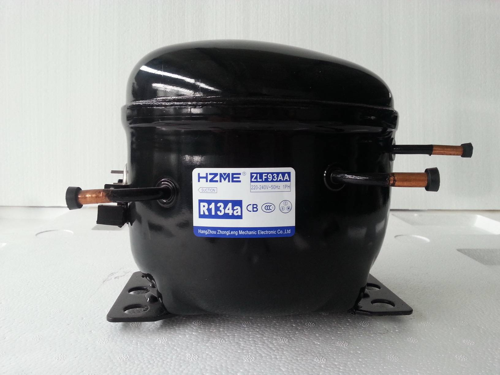 HERMETIC COMPRESSOR R134a LBP 1/4HP 9.3cc FOR COMMERCIAL REFRIGERATOR