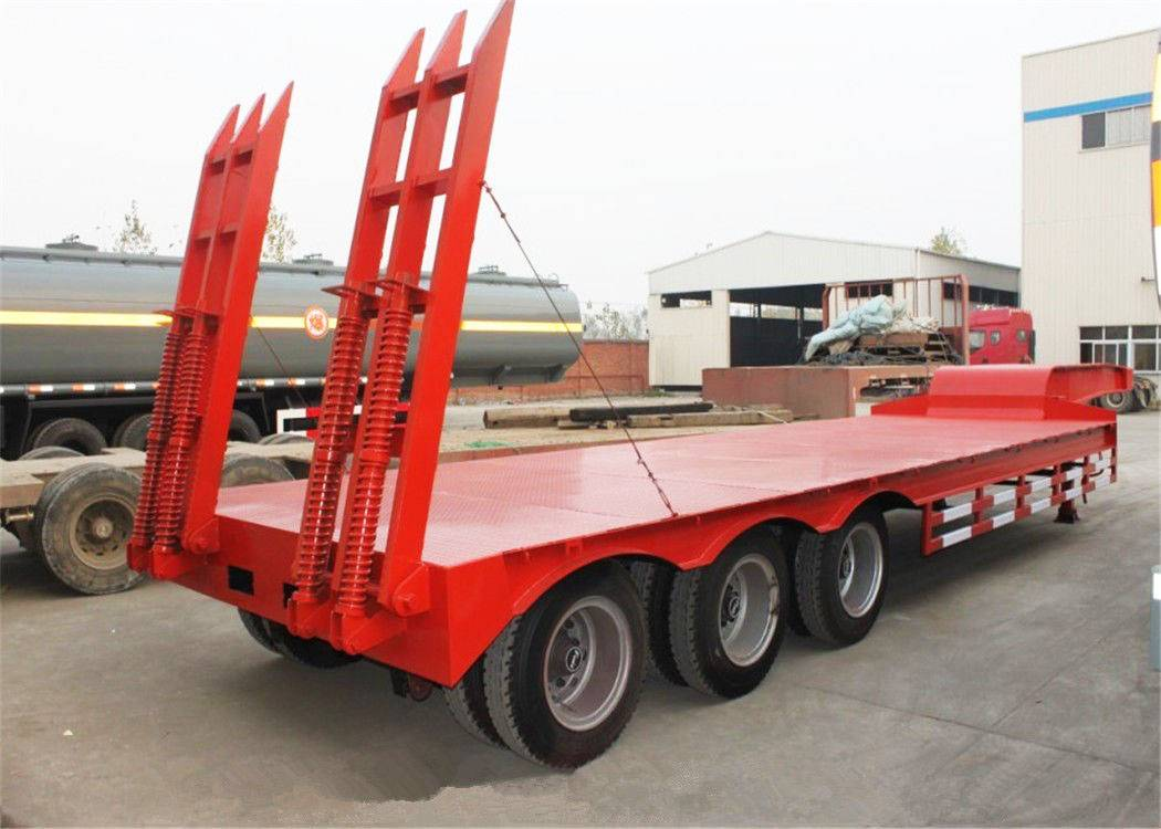 China supplier gooseneck cheap price heavy trucks low bed trailer sale