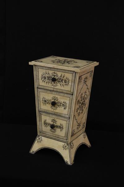 Bone Decorative 3 Drawer Cabinet
