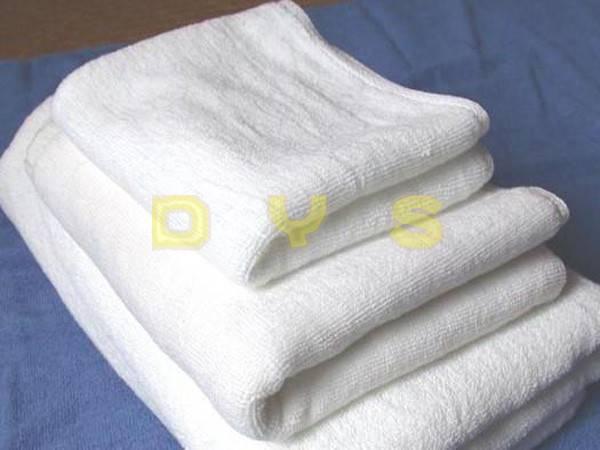 hotel amenities towel tow-031