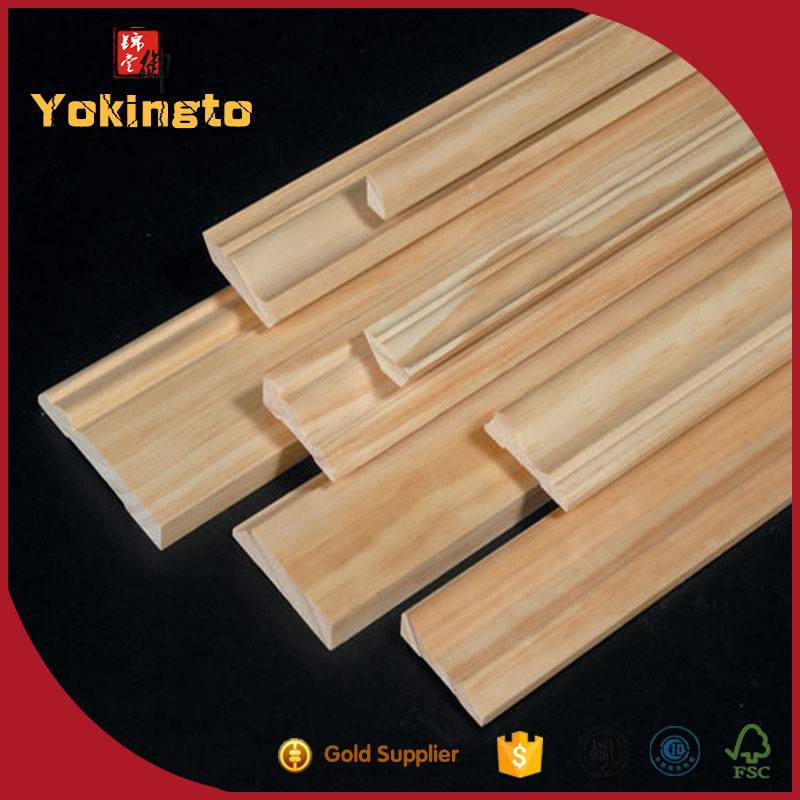 Gesso coated wooden picture frame moulding