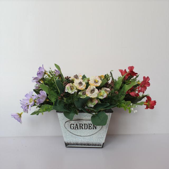 2018 New Design Anique White Metal Flower Pot