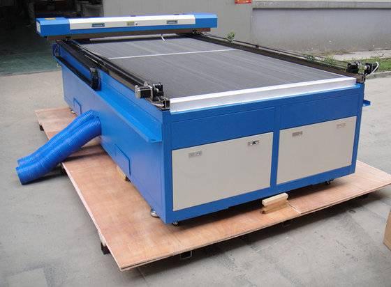 big area 2500*1200mm 150W co2 wood laser cutting machine