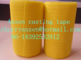Synthetic polyester casting tape