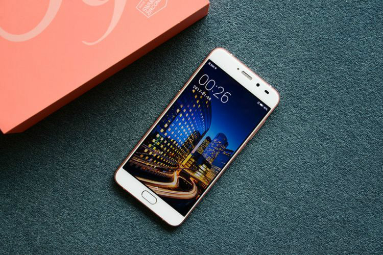 MOBILE PHONE 4GB+128GB 5.5INCH WITH DUAL SIM AND FINGERPRINT