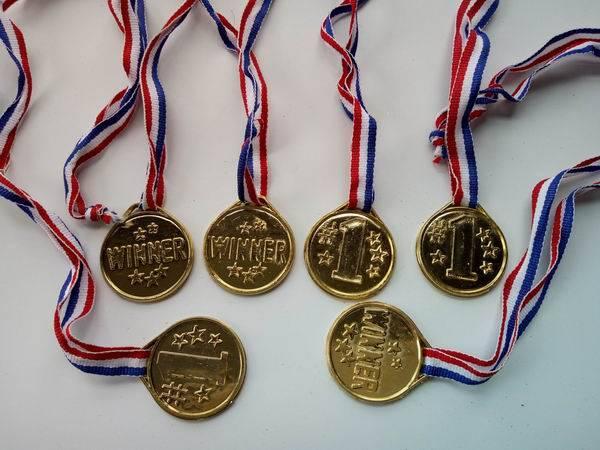 winner award medal
