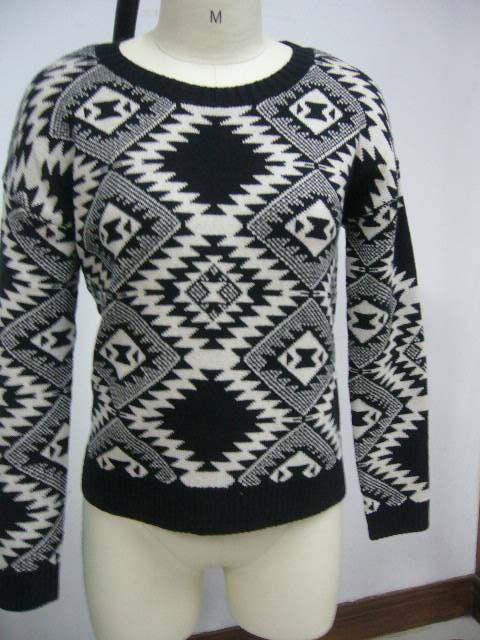 Jacquard drop sleeve pullover