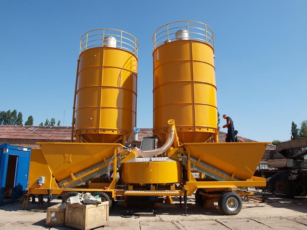 Used mobile concrete mixing plant Sumab M-2200