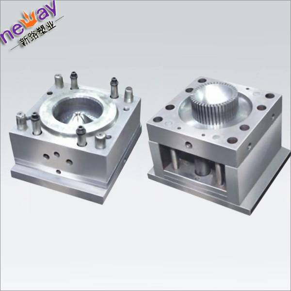 Injection plastic product molding